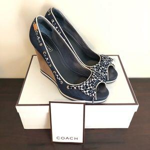 10 Coach Navy Denim White ribbon Wood heels